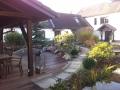 Kaminecke und Garten nachher